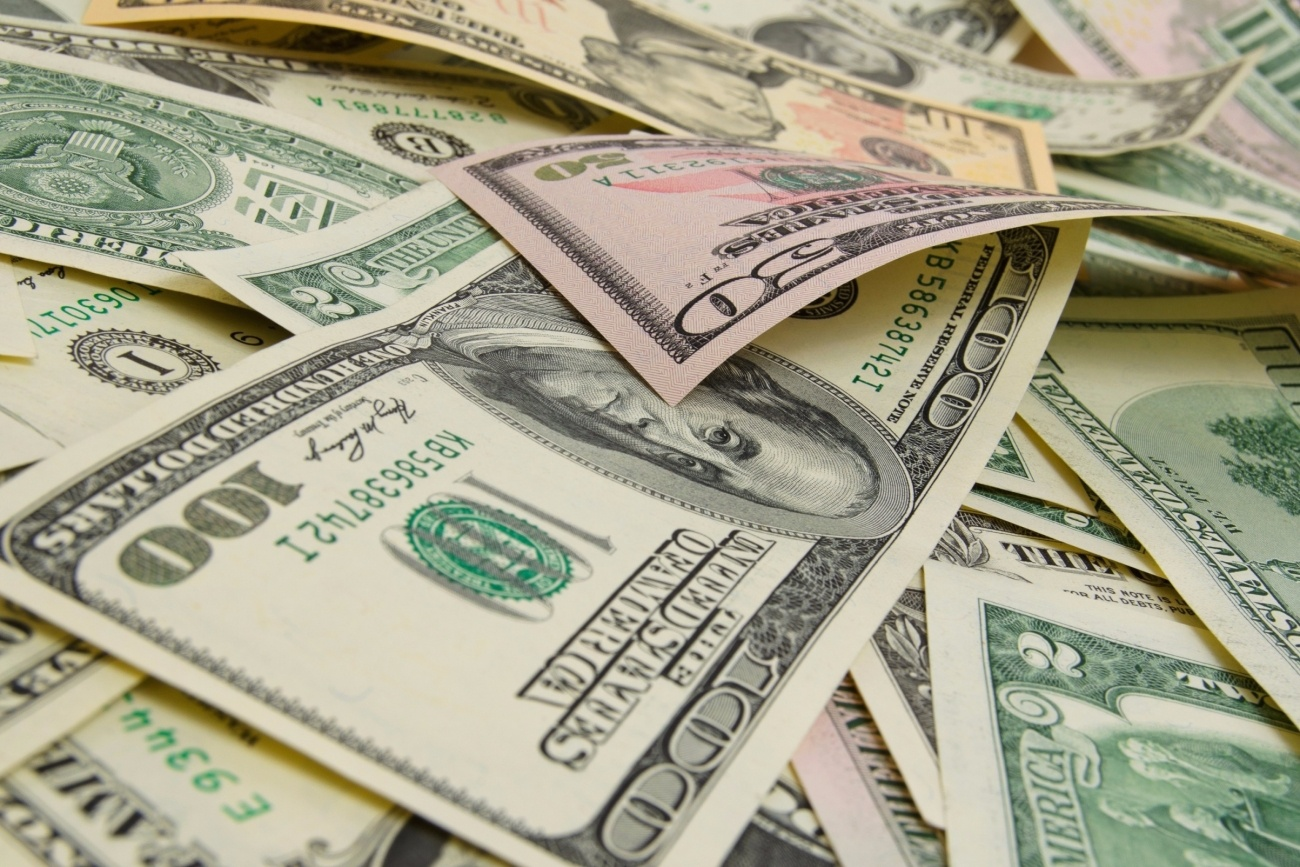 20151006142813-cash-money-bills-funds-profitability-investments-finances.jpeg